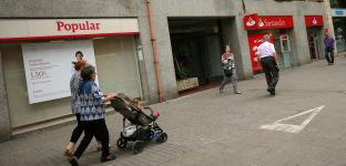 Foto de Santander recompra sus terminales de pago y las tarjetas del Popular (WiZink)